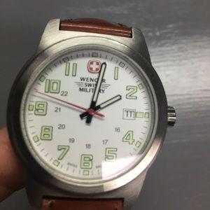 Men's Wenger Swiss Quartz Watch 40mm model 7290X